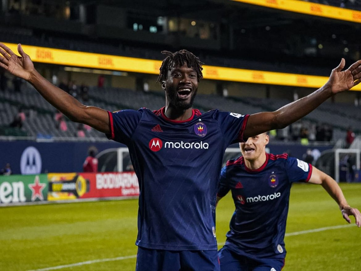 Fire keep up in postseason race by beating DC United