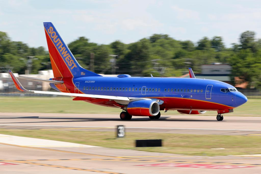 Southwest CEO: Union pay cuts needed to avoid furloughs