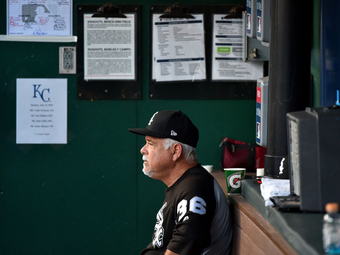 Fired runner-up manager of year Rick Renteria 'humbled' by support
