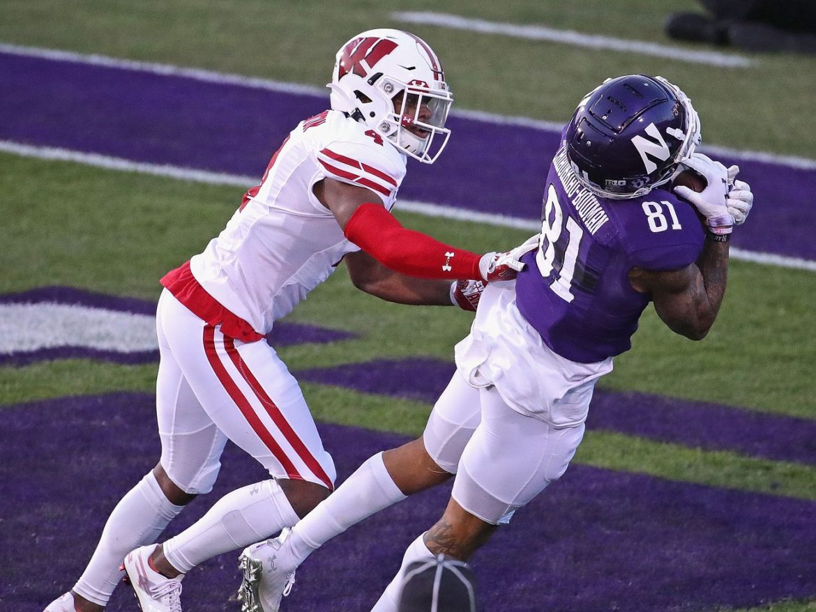 No. 19 Northwestern tops No. 10 Wisconsin to take control of Big Ten West