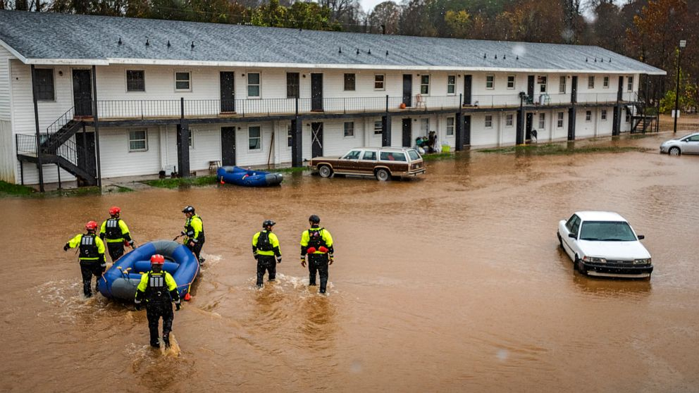 3 dead, 2 missing from flooding at North Carolina campsite