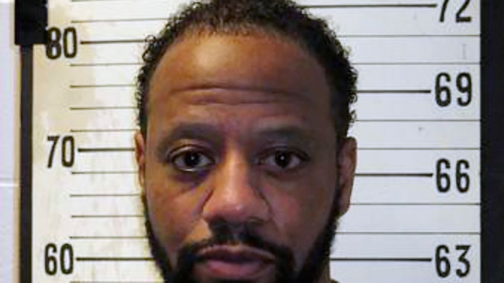 Tennessee governor gives death row inmate temporary reprieve