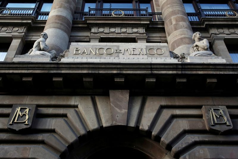 Mexico central bank sees economy falling 8.7% to 9.3% in 2020