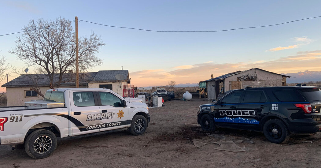 Manhunt in Colorado After Remains of 3 People Are Found