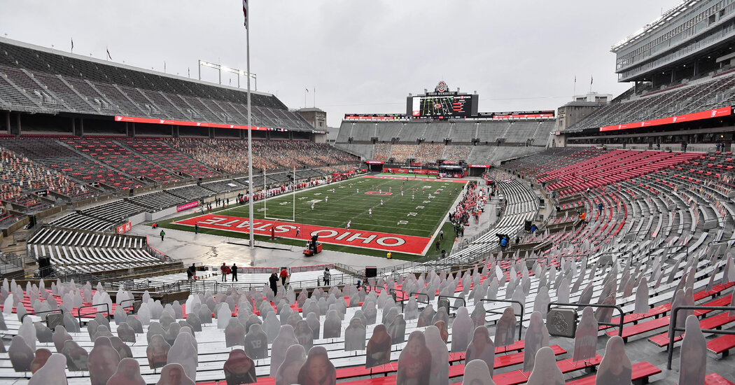 College Football Teams Change Thanksgiving Traditions Amid Pandemic