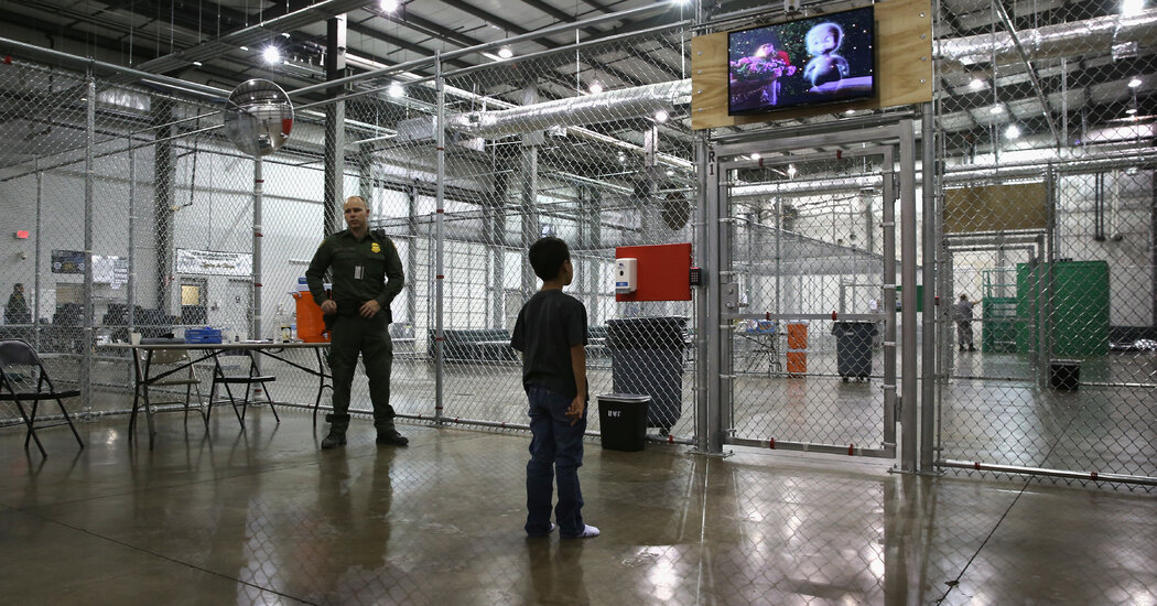 U.S. Shutters Warehouse Where Migrants Were Kept in 'Cages'