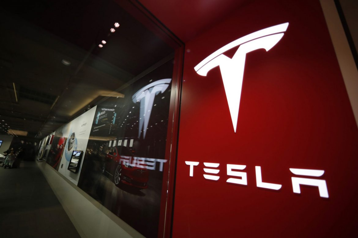 Fed probe of Tesla camera failures could lead to recall