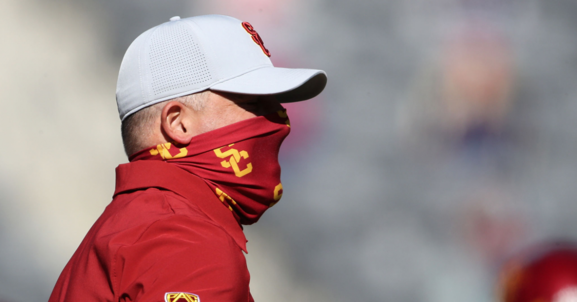 Hernández: USC wins ugly again, but Clay Helton's sunny attitude is right perspective