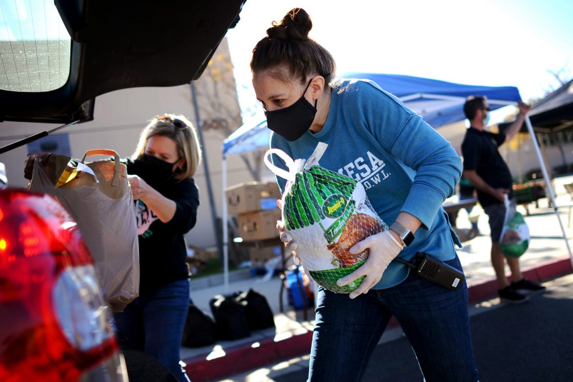 Photos: Golden Valley High turkey giveaway helps 500 families