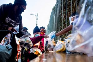 Pandemic gives LA Mission's approach to Thanksgiving feast a to-go twist