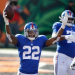 Giants Seize Share of N.F.C. East Lead but Lose Daniel Jones
