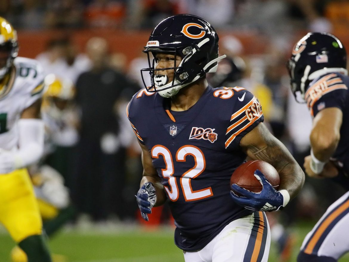 Bears RB David Montgomery out of concussion protocol, to play vs. Packers