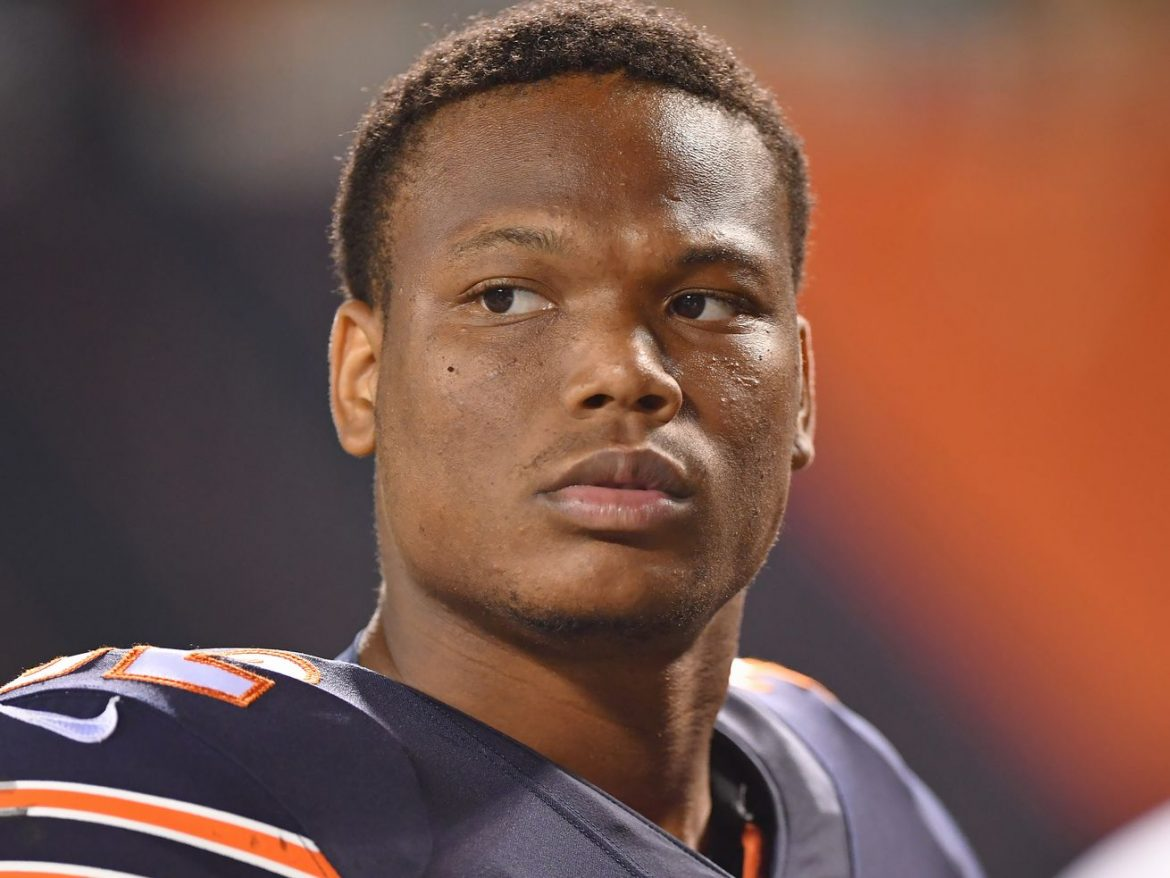 More trouble for Bears' running game as RB David Montgomery exits