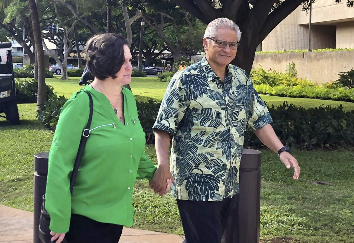 Disgraced couple to be sentenced in Hawaii corruption case