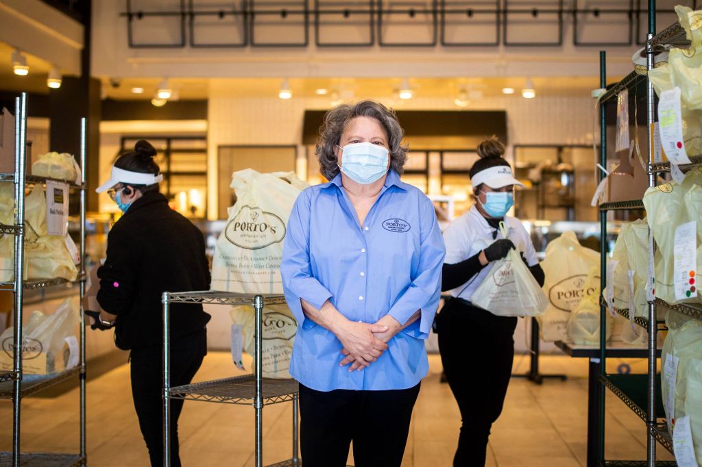 LA County reports another 5,087 coronavirus cases on Thanksgiving as dining restrictions kick in