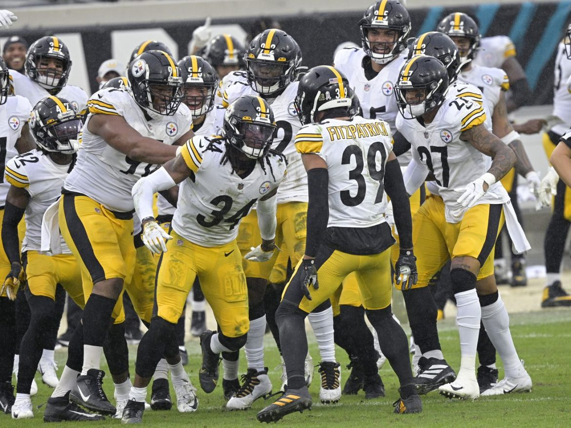 NFL moves Ravens-Steelers game from Thursday to Sunday because of coronavirus concerns