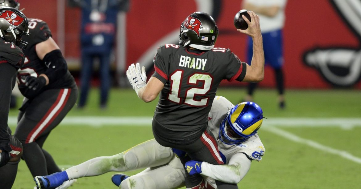 Rams' 27-24 victory over Tampa Bay Buccaneers by the numbers