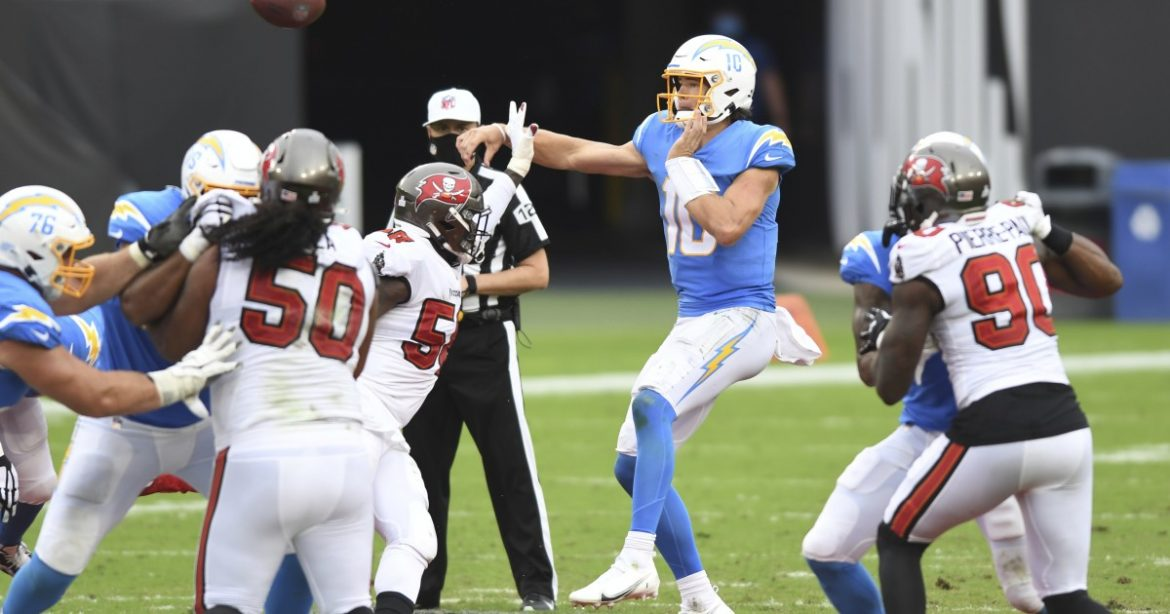 Chargers rush to prepare Justin Herbert for Dolphins' blitz