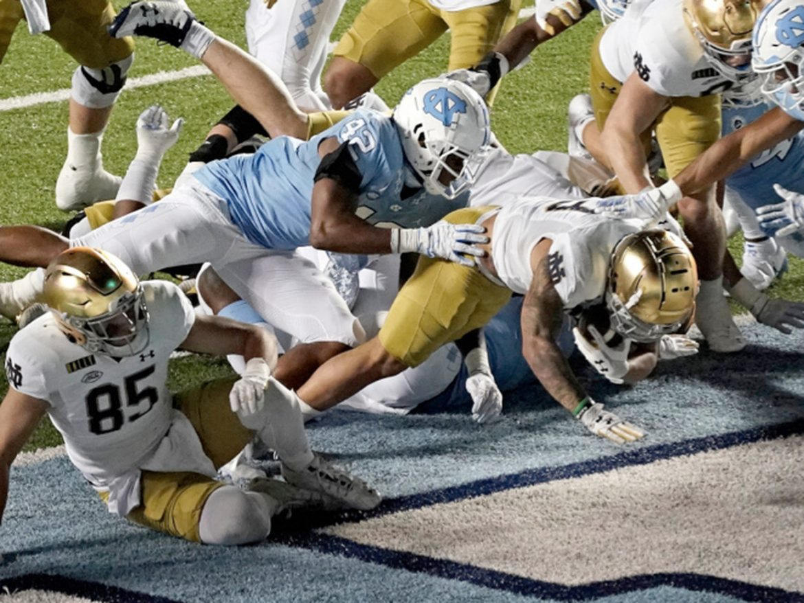 Notre Dame tops North Carolina to stay unbeaten