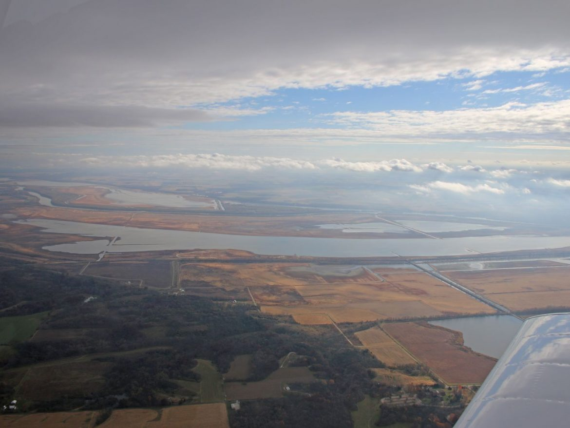 Aaron Yetter's waterfowl blog: Blackjacks and other nuggets from an early aerial survey