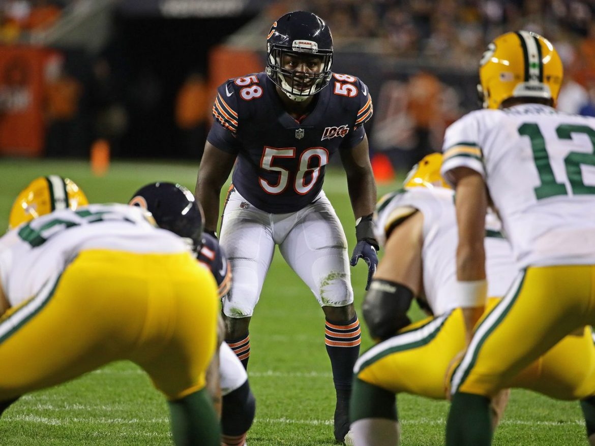 Can the QB of the Bears' defense slow Aaron Rodgers?