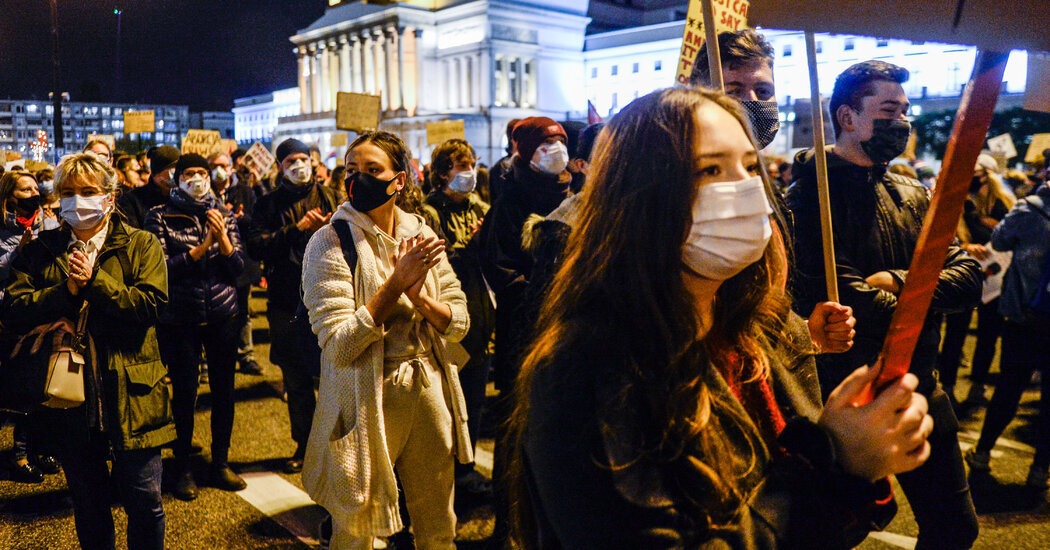 In Poland, Protests Over Abortion Ban Could Revolutionize Politics