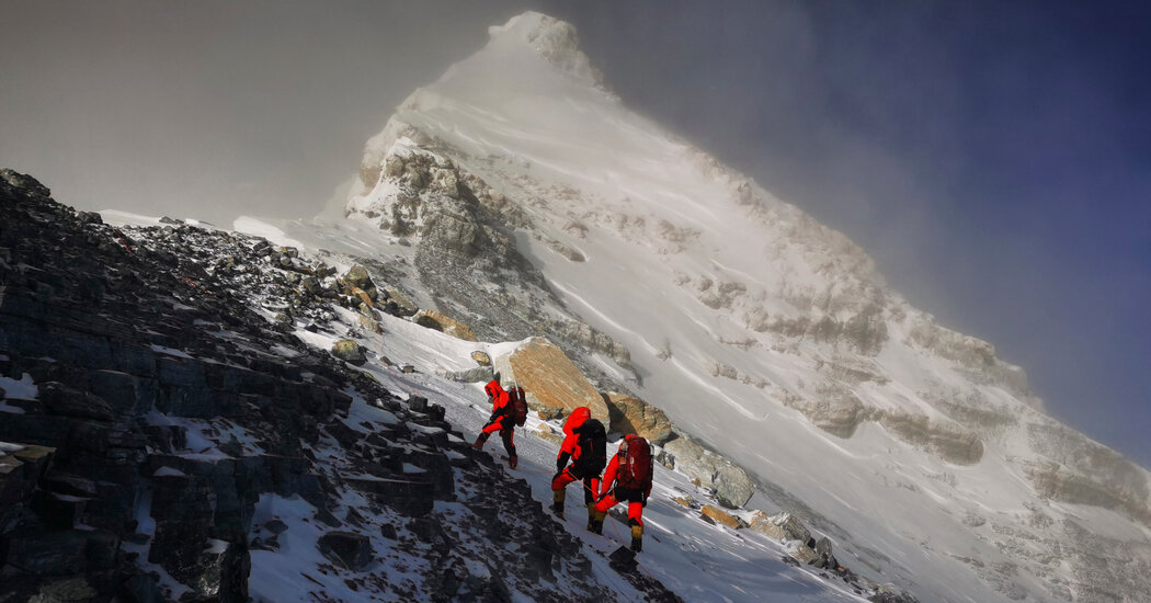 Mount Everest Grew Two Feet, Say China and Nepal