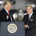 Former Notre Dame coach Lou Holtz to receive Presidential Medal of Freedom
