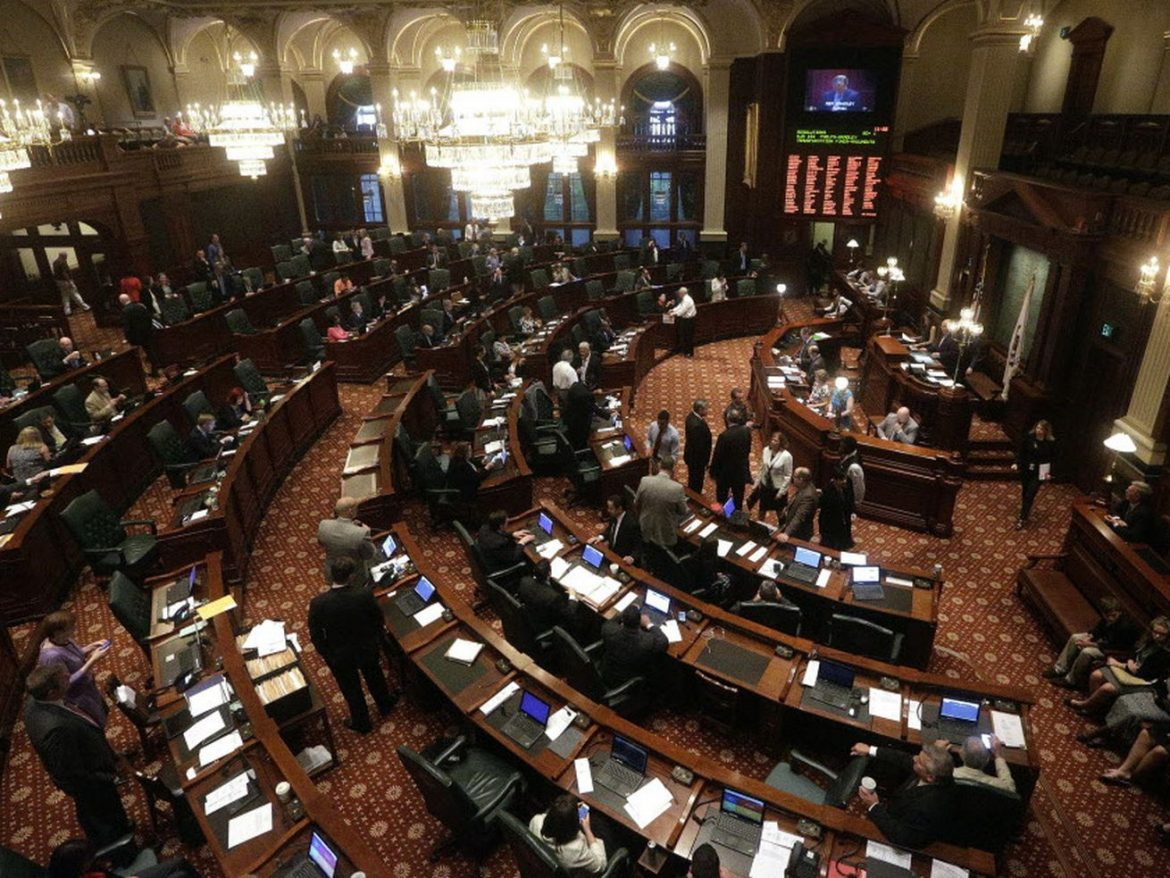 Six House Democrats urge unity in letter to 19 members who won't back Madigan as speaker
