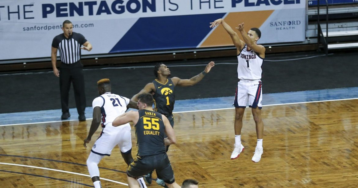 College basketball: No. 1 Gonzaga turns back No. 3 Iowa