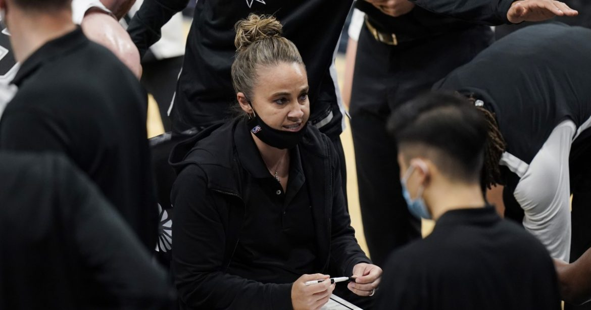 Becky Hammon makes NBA history: 5 takeaways from Lakers vs. Spurs