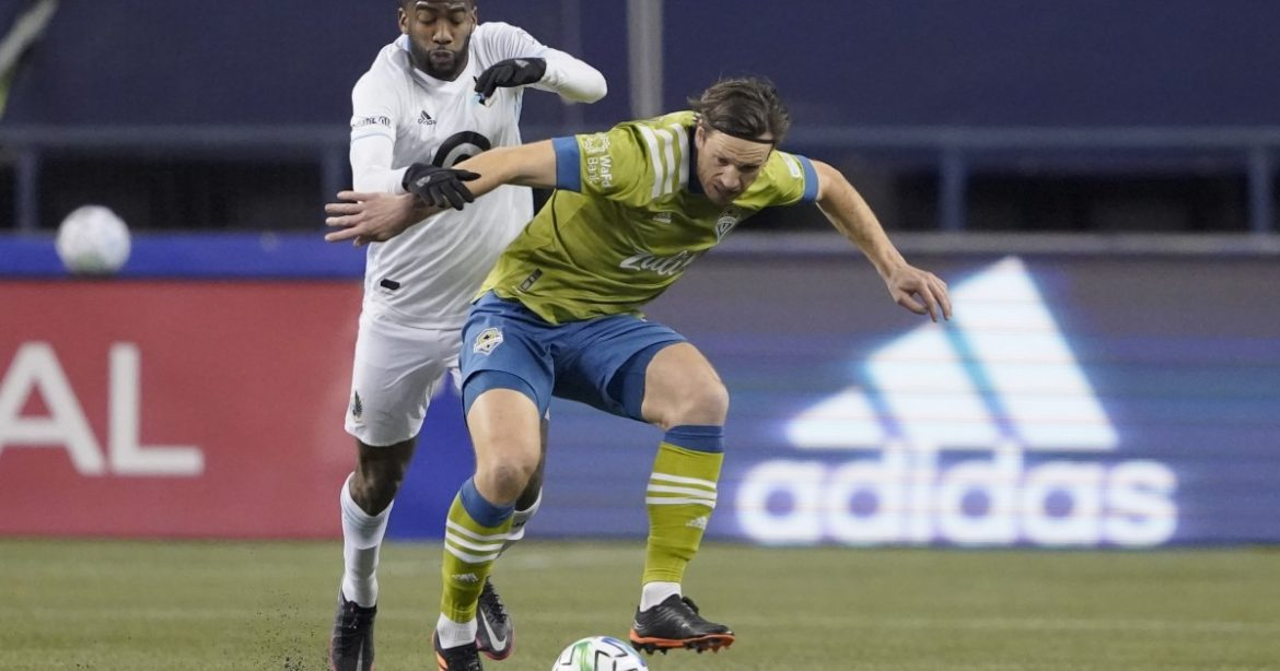 MLS playoff: Sounders score twice late, stun Minnesota United in West final