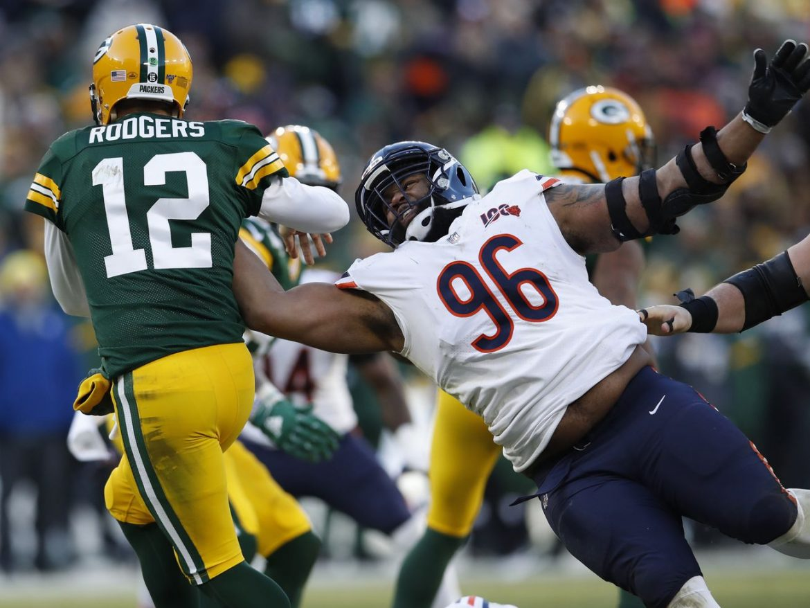 Halas Intrigue Episode 149: Who wins Bears-Packers?