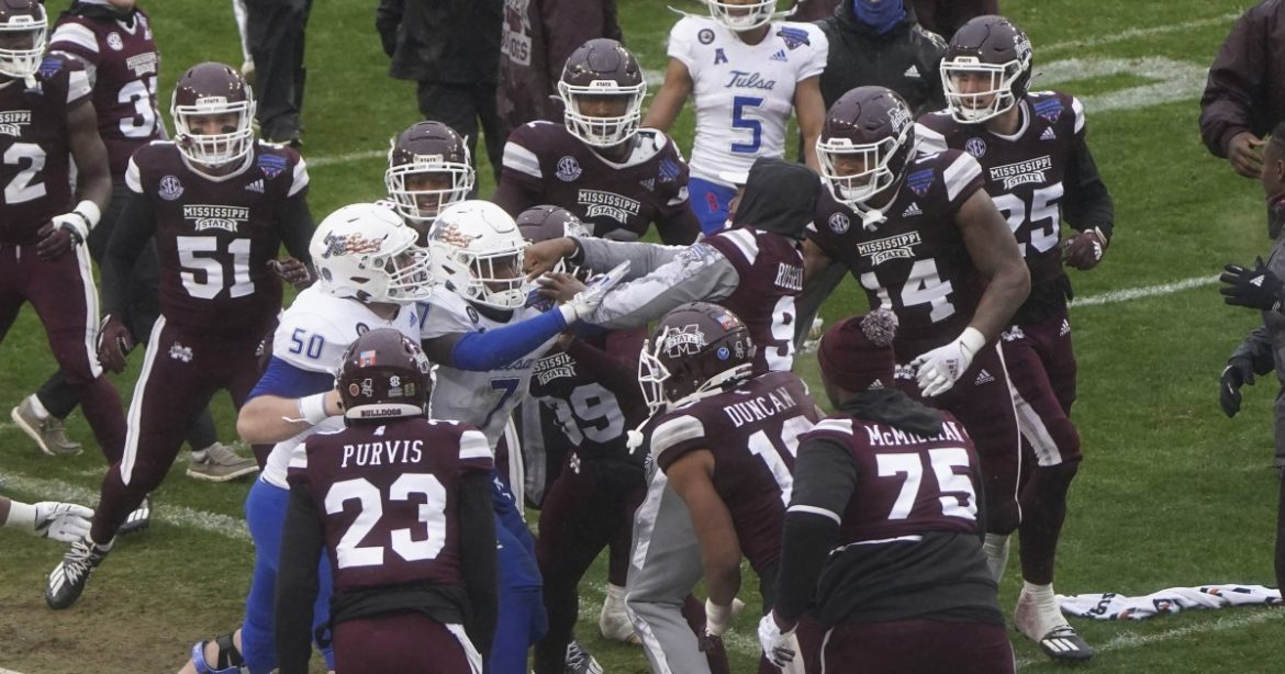 College football: Mississippi State's win over Tulsa ends in on-field brawl