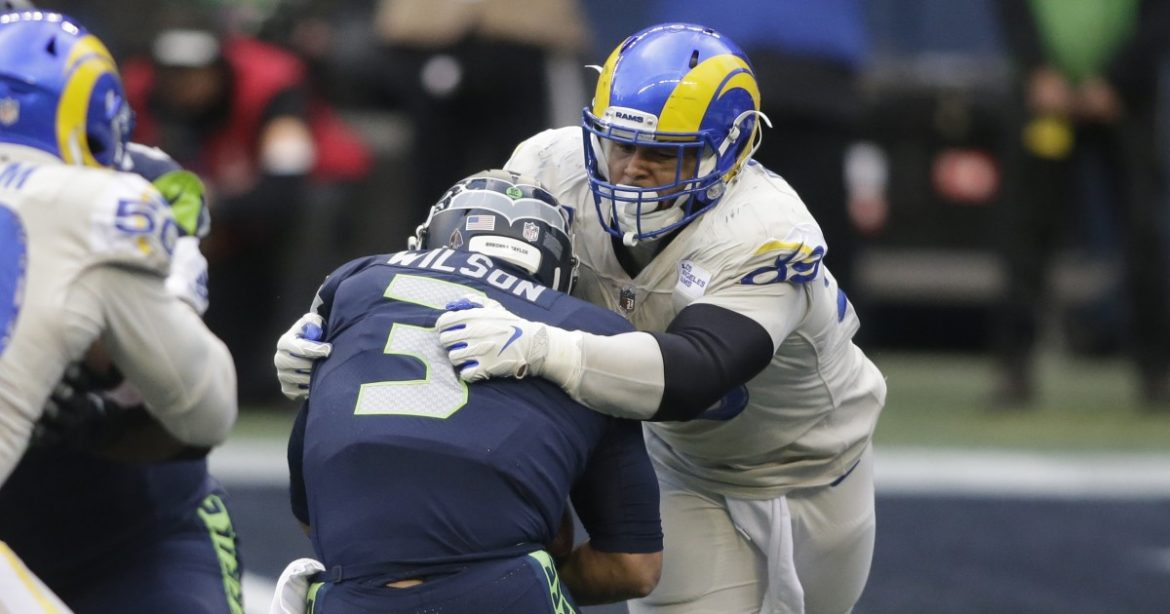 Rams defense picks up the slack, but it isn't enough to stop Seahawks