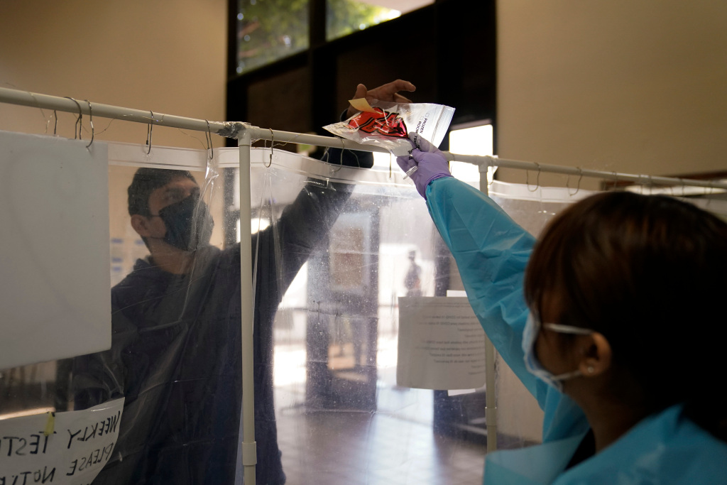 With hospitals on cusp of 'crisis care,' LA County reports 227 coronavirus deaths in one day