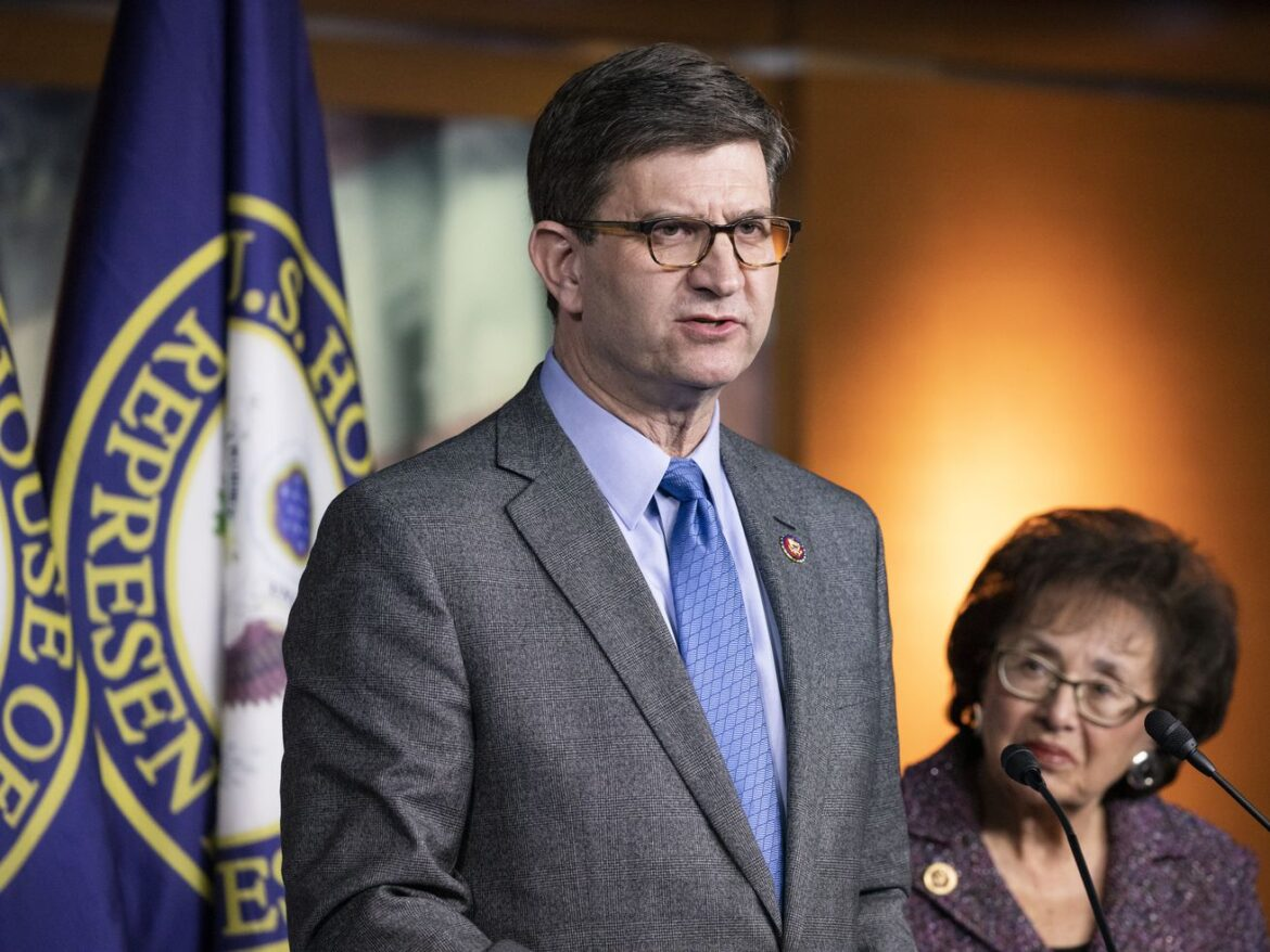 Democratic Rep. Schneider tests positive for COVID-19; slams GOP colleagues who refused to wear masks during Capitol attack