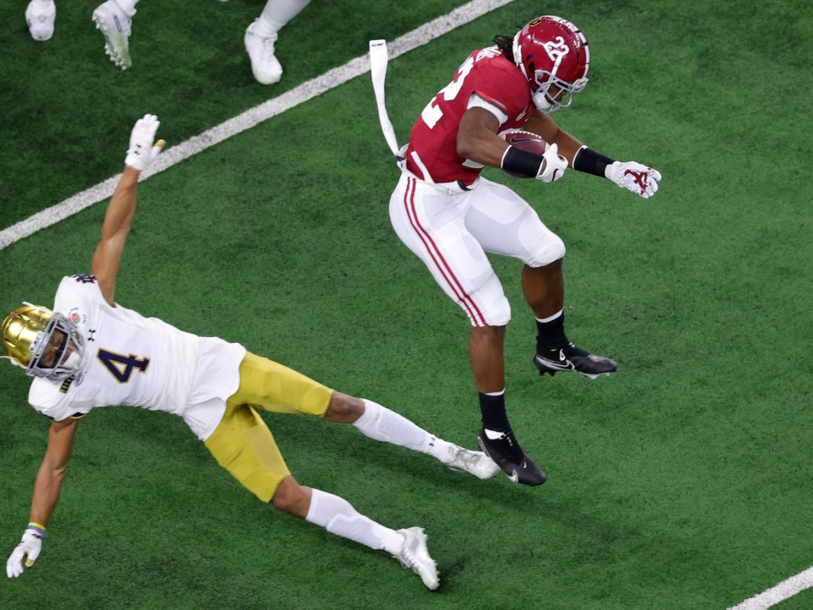 Notre Dame no match for Alabama in national semifinal