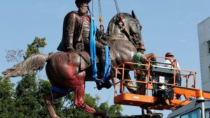 Virginia AG authorizes probe of statue-removal contract