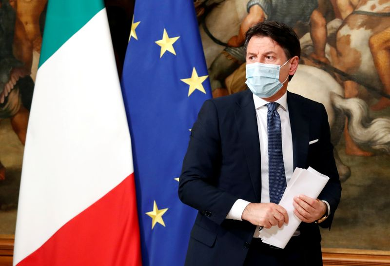 Italian government totters as Conte, Renzi divide deepens
