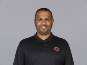 Bears promote safeties coach Sean Desai to defensive coordinator