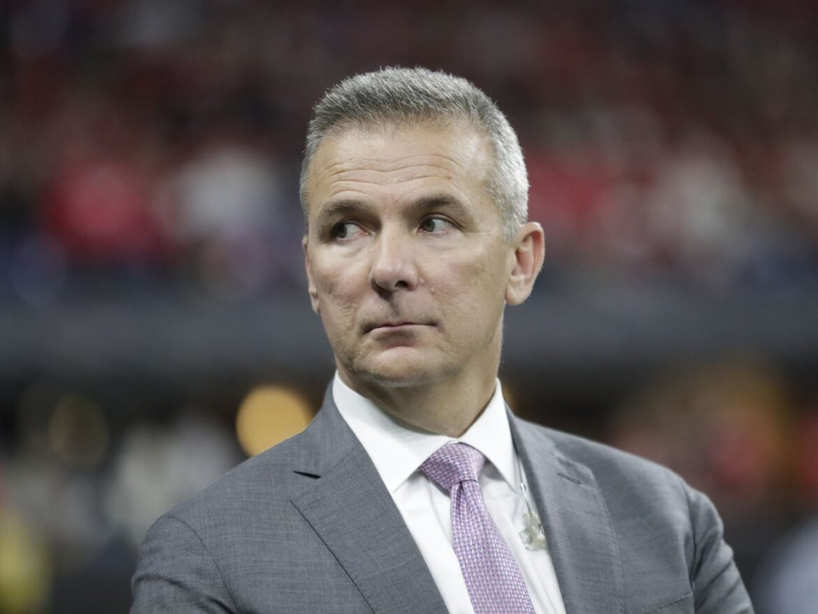 Urban Meyer agrees to become Jaguars' new coach