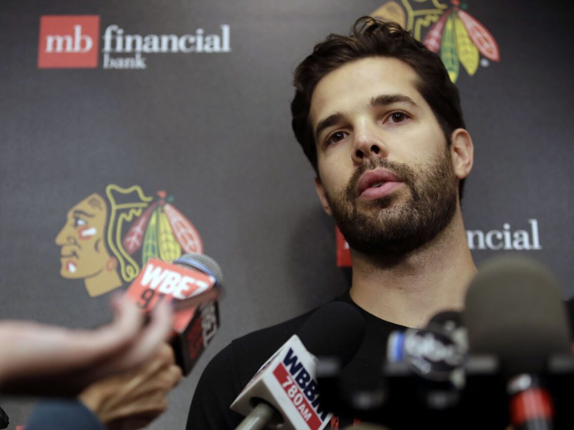 Former Blackhawks goalie Corey Crawford will take a leave of absence from the Devils