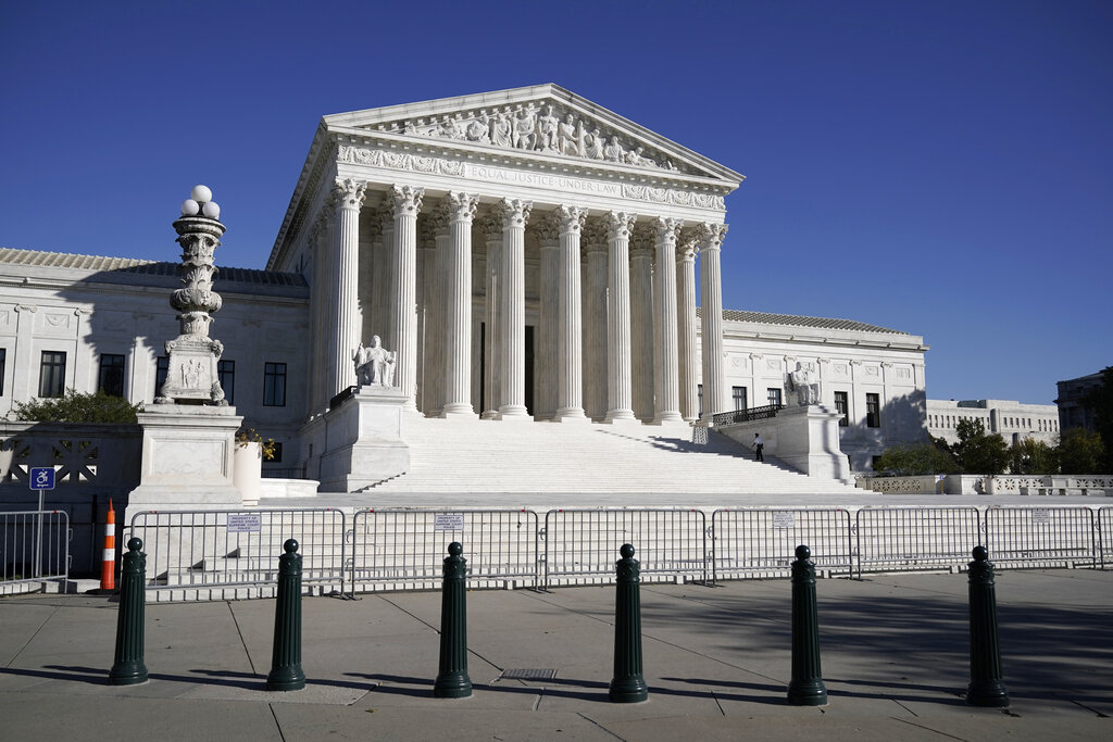 House Republican introduces bill to hold Supreme Court at nine justices