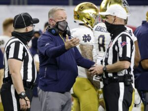Notre Dame gets minor sanctions for recruiting violations