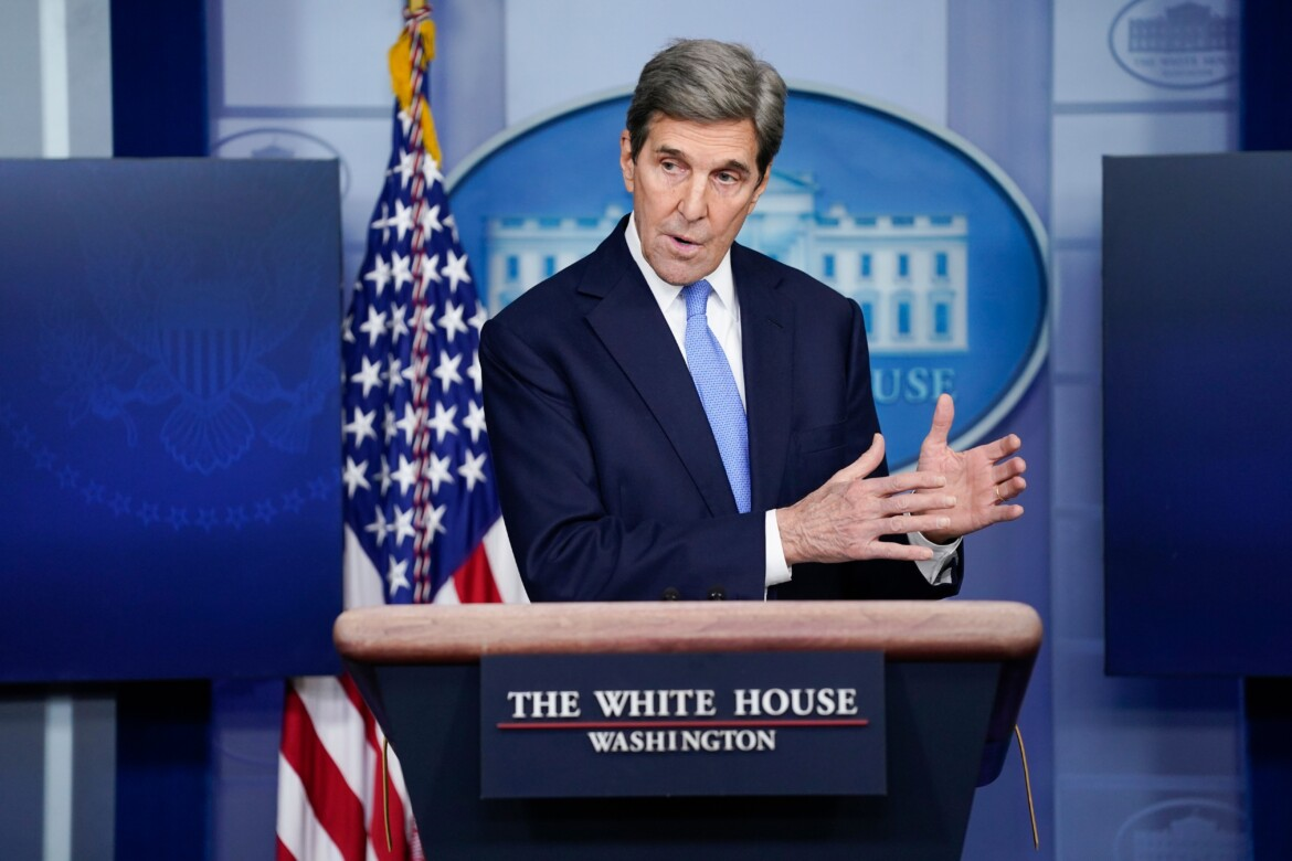 John Kerry family private jet emitted estimated 166 metric tons of carbon over past year