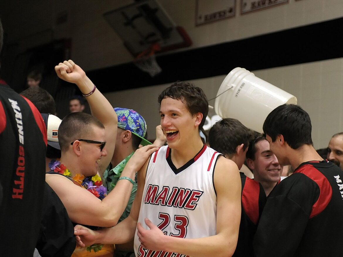 The winningest high school basketball programs of the decade: No. 14 Maine South