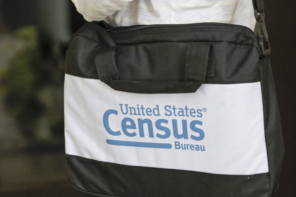 Data snags cause Trump to miss giving Congress census data