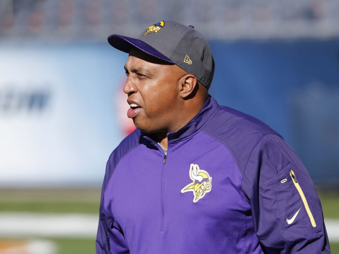 Bears' defensive coordinator search takes shape