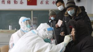 Pompeo urges WHO to probe Wuhan lab illnesses, demands Beijing be transparent